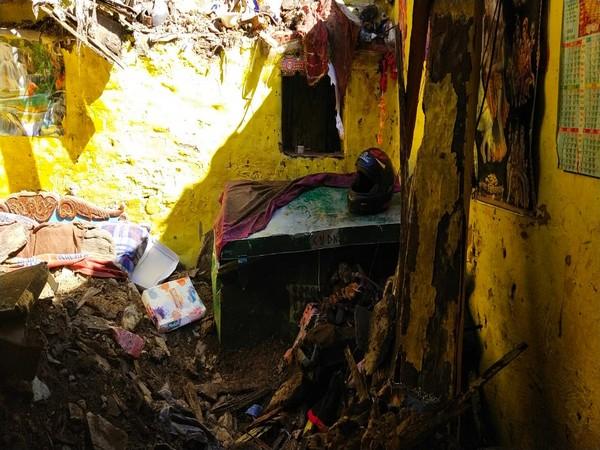 पिथौरागढ़ में मकान ध्वस्त, तीन की मौत
