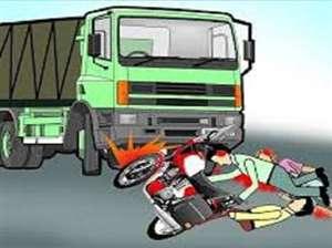 दिल्ली हाईवे पर दो युवकों को कुचलता हुआ निकल गया ट्रक