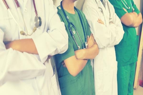 यूपी स्वास्थ्य विभाग में छांटे जाएंगे 50 से अधिक उम्र के लापरवाह कर्मचारी, सरकार ने बनाई कमेटी