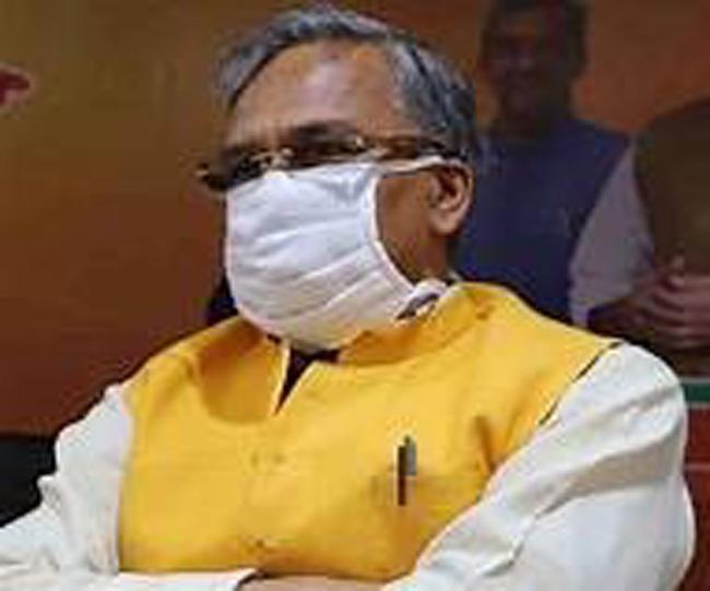 मुख्यमंत्री त्रिवेंद्र सिंह रावत फिर क्वारंटीन