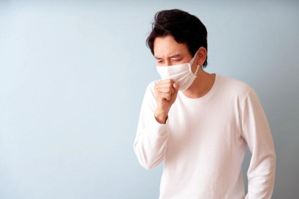 कोरोना है या साधारण खांसी-बुखार, जानिए एक्सपर्ट की राय