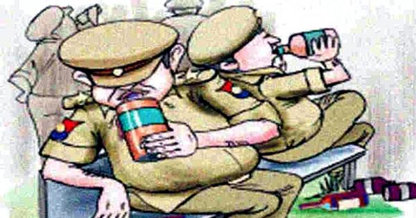 पार्टी में जाम लेकर झूम बराबर झूम, आठ पुलिसकर्मी सस्पेंड