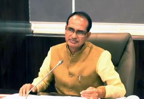 मुख्यमंत्री को मिली ठंडी रोटी तो अफसर सस्पेंड, पता लगा तो बरसी ' शिव कृपा '