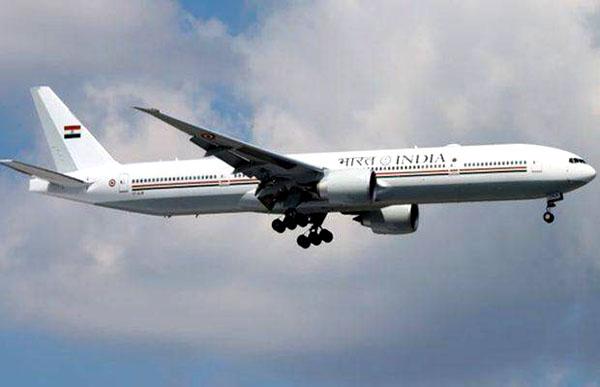 आज पहुंचेगा प्रधानमंत्री का विशेष विमान बोइंग-777-300ERs, जानिए कीमत और खूबियां