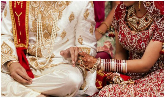 दलित विधायक ने 19 वर्षीय ब्राह्मण लड़की से रचाई शादी, मचा बवाल