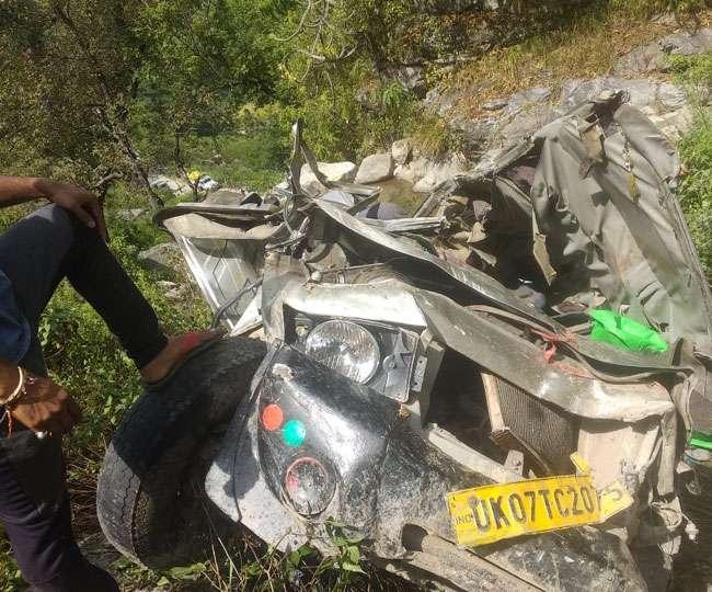 हल्द्वानी-भवाली मार्ग पर कार खाई में गिरी, तीन युवकों की मौत