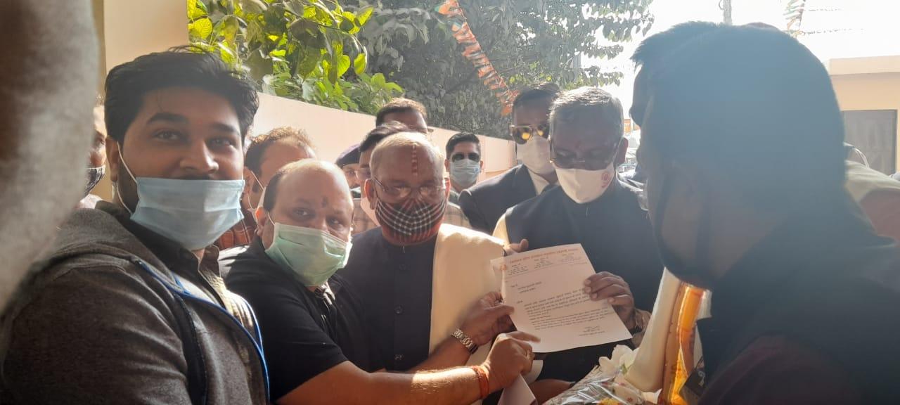 डीजीपी को लेकर सरकार के फैसले पर सीएम को बधाई