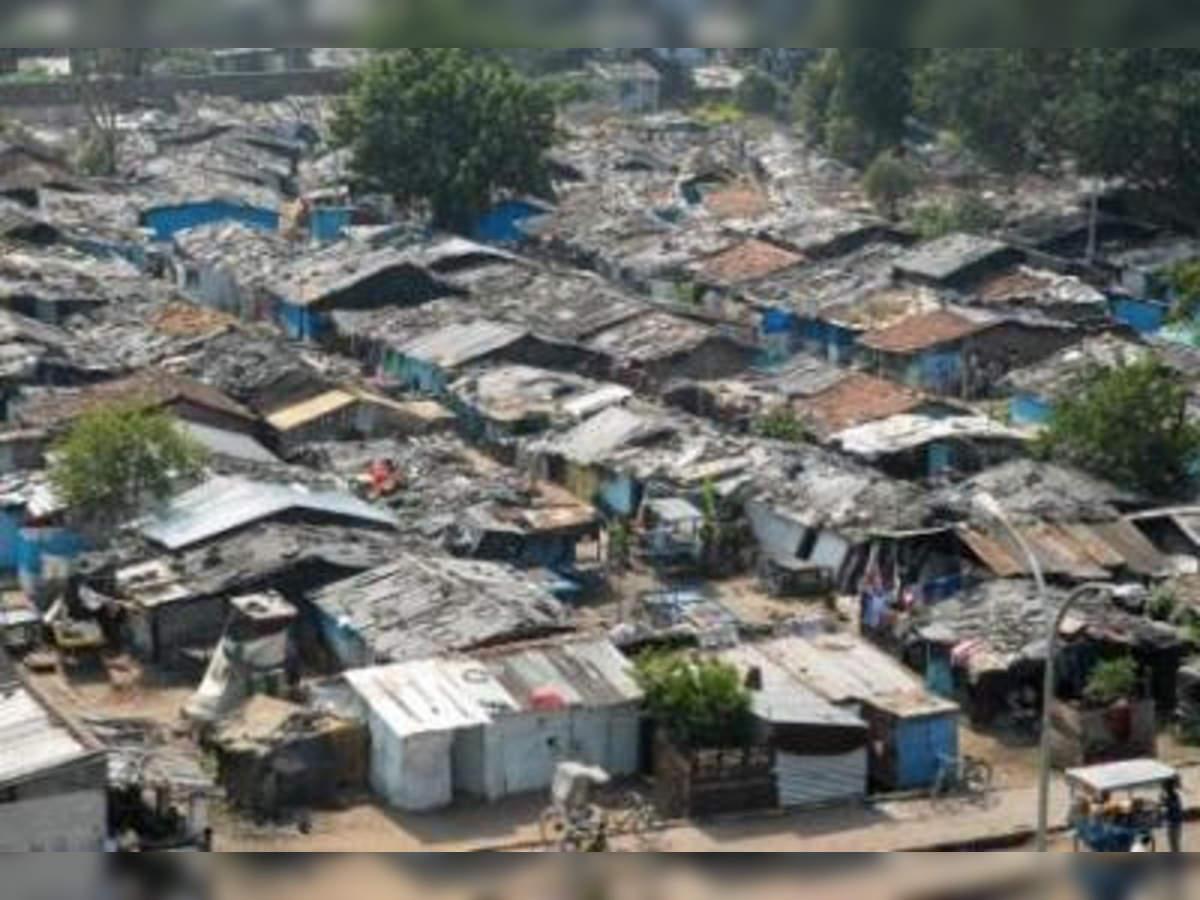 दिल्ली में रेलवे की जमीन पर बसी 48 हजार झुग्गियों नही हटेंगी