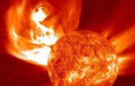 पहेली बना सूर्य के 'कोरोना' का बढ़ता पारा