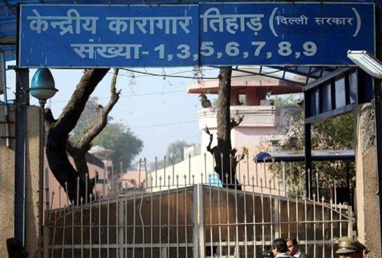 ... तो नाटकीय ढंग से तमंचे के साथ दिल्ली में गिरफ्तार अन्नू गंगवार पहुंचा तिहाड़ जेल !