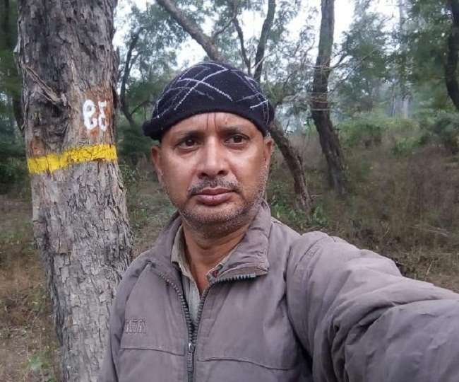 हल्द्वानीः गौला रेंज में पेड़ पर लटकी मिली वन दारोगा की लाश