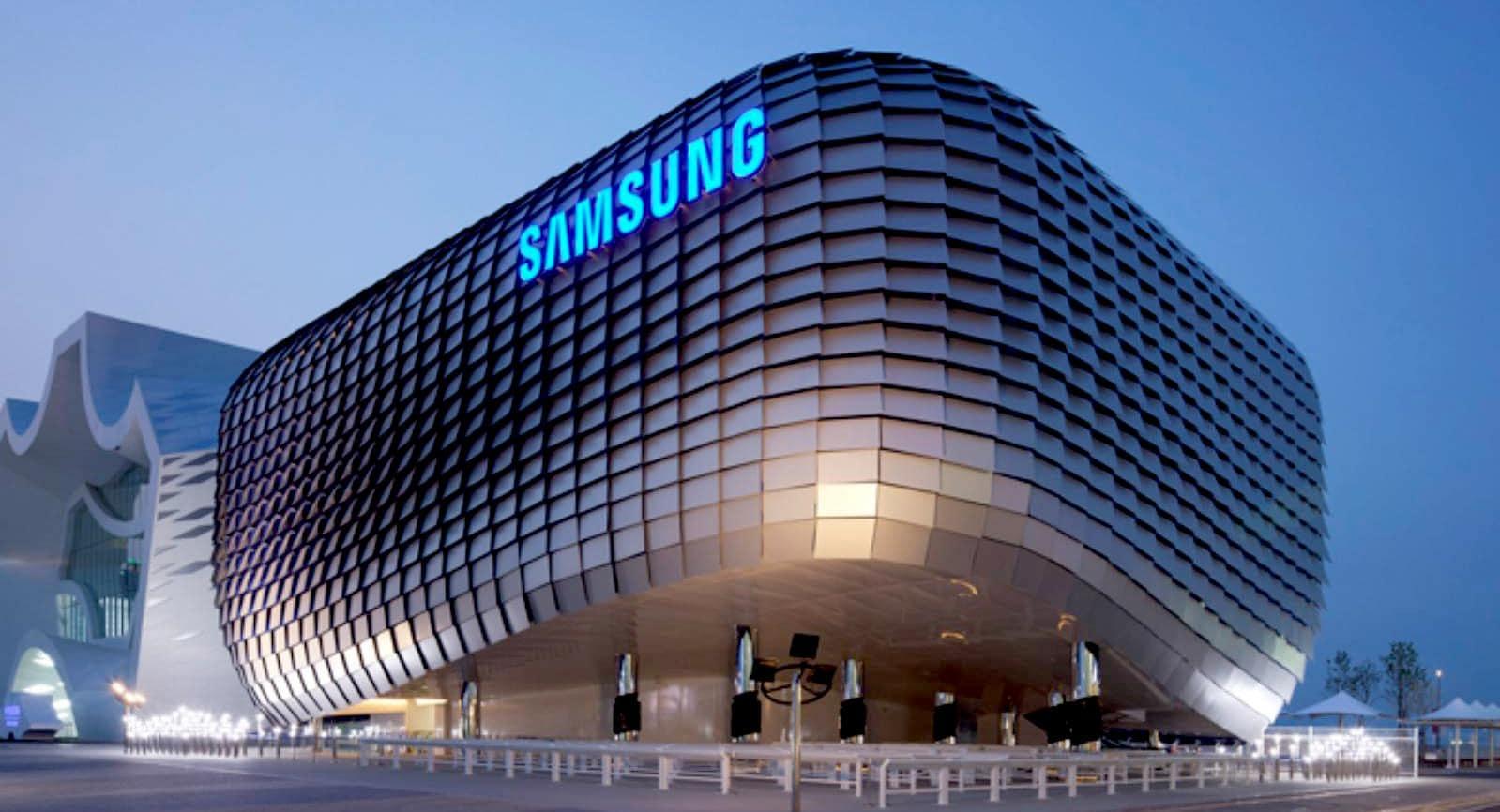 चीन को झटका, सैमसंग यूपी में लगाएगी  मोबाइल डिस्प्ले यूनिट