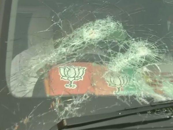 पश्चिम बंगाल में नड्डा के काफिले पर हमला, कैलाश विजयवर्गीय की गाड़ी के शीशे टूटे
