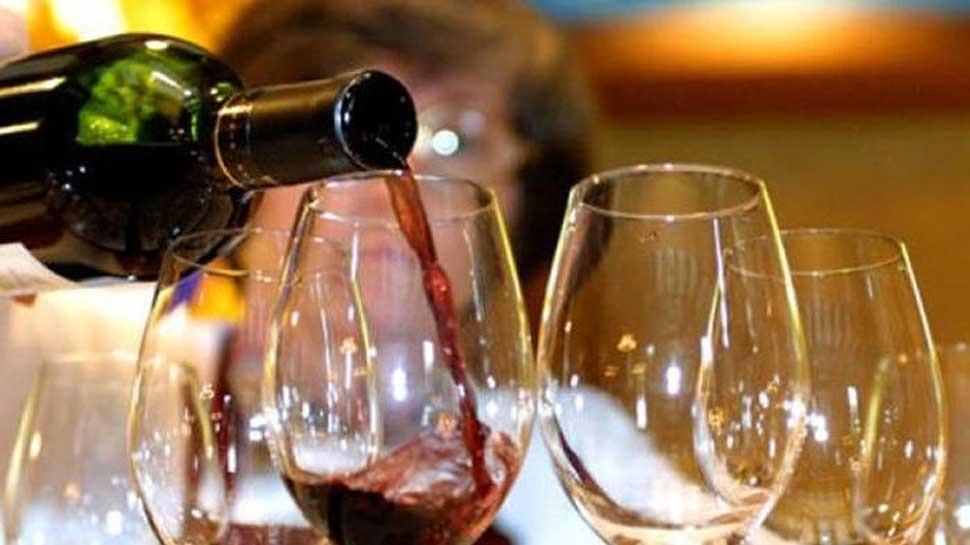 शौकीनों के लिए बुरी खबर : उत्तराखंड में अप्रैल से महँगी हो जाएगी शराब