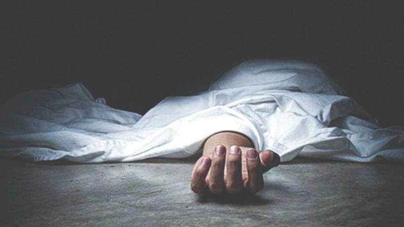 किरौड़ा पुल के पास कार पलटी, एक की मौत, दो घायल