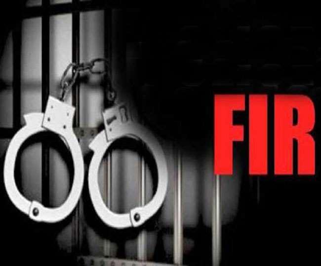 रंगदारी मांगने और झूठे केस में फसाने के मामले में 2 पुलिसकर्मियों समेत कई पर मुक़दमा