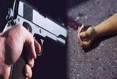 20 रुपये का पान मसाला देने से किया इंकार तो बेटे की कर दी गोली मारकर हत्या