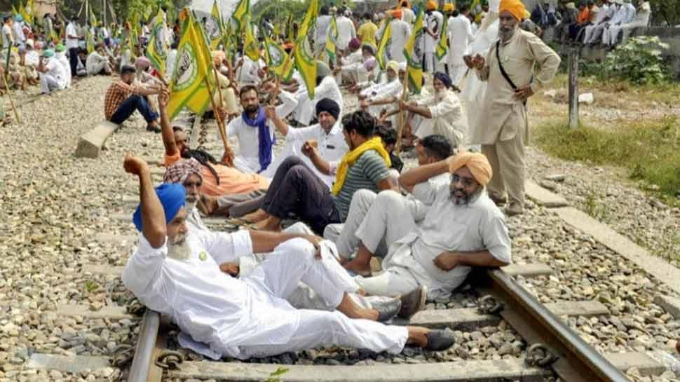 किसानों के रेल आंदोलन के चलते प्रभावित रहेंगी ये ट्रेनें और रूट