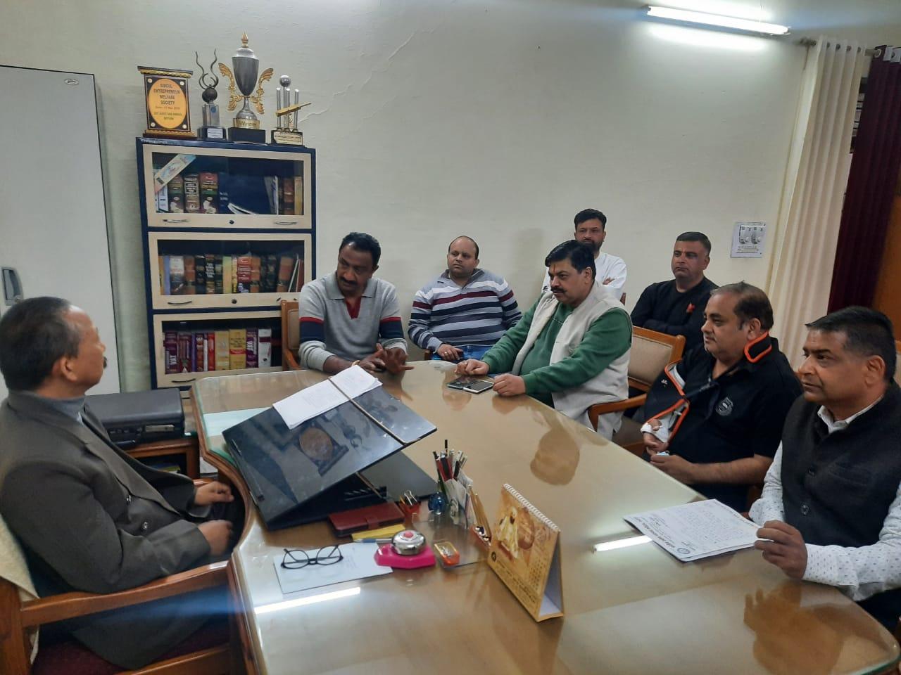 रुद्रपुर में व्यापारियों की नहीं हुई सुनवाई तो होगा आंदोलन