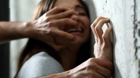 युवती से रेप कर दी धमकी, चार के खिलाफ मुकदमा दर्ज