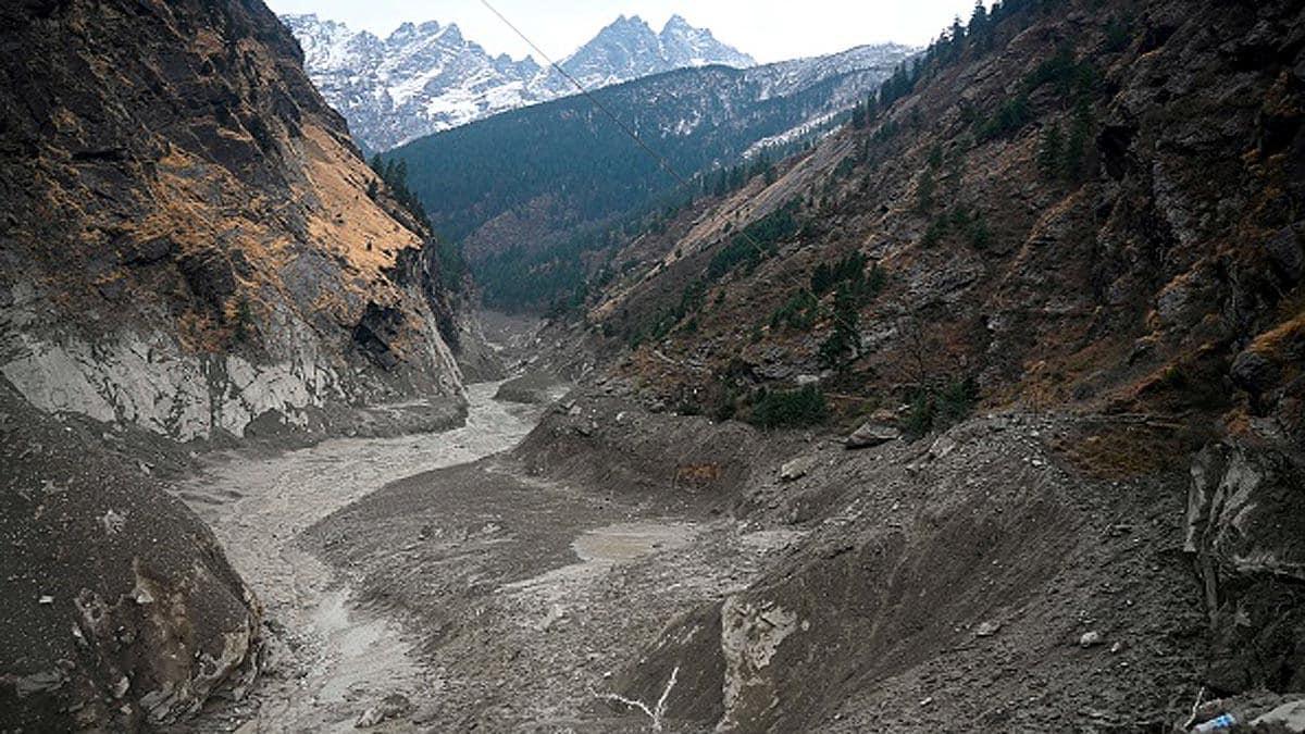 उत्तराखंड आपदा : ऋषिगंगा नदी में झील से चिंता , ओवरफ्लो हो रहा है पानी