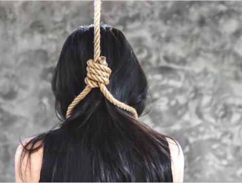 दिल्ली की महिला टूरिस्ट होम स्टे में फांसी पर झूली