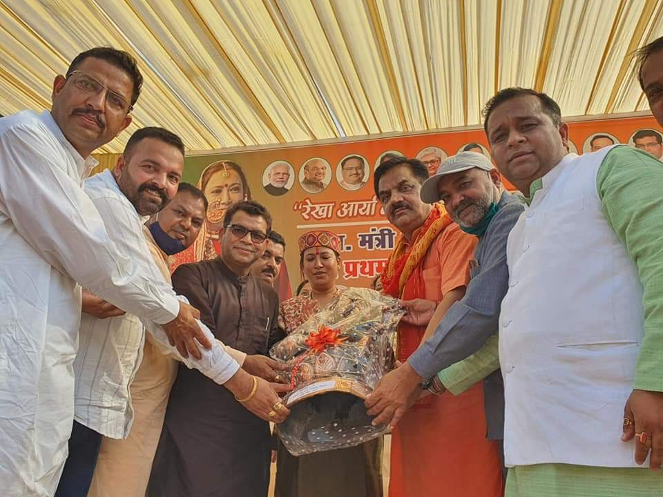 राज्यमंत्री रेखा आर्य का रुद्रपुर में भव्य स्वागत