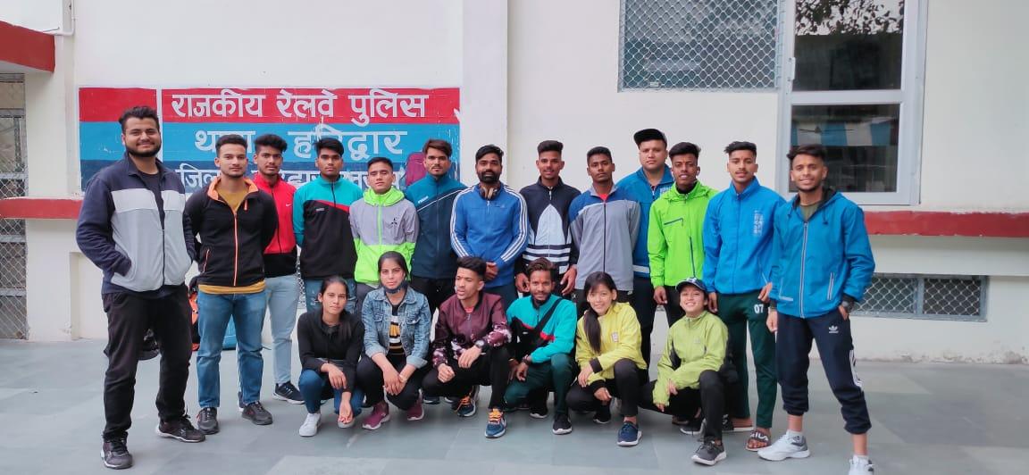 9वी सीनियर राष्ट्रीय पेंचक सिलाट प्रतियोगिता के लिए खिलाड़ी श्रीनगर रवाना
