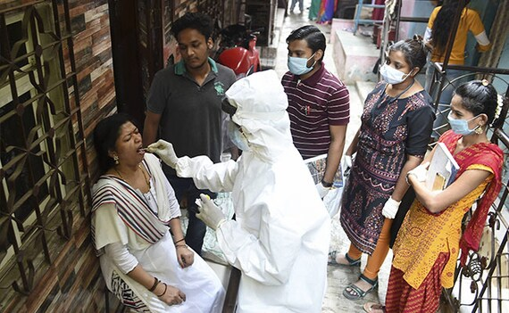 महाराष्ट्र को लेकर बहुत चिंतित, कोरोनावायरस को हल्के में न लें : COVID-19 केस बढ़ने पर सरकार