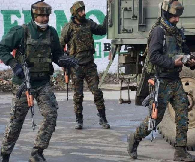 श्रीनगर नौगाम में भाजपा नेता के घर आतंकवादी हमला, पुलिसकर्मी शहीद