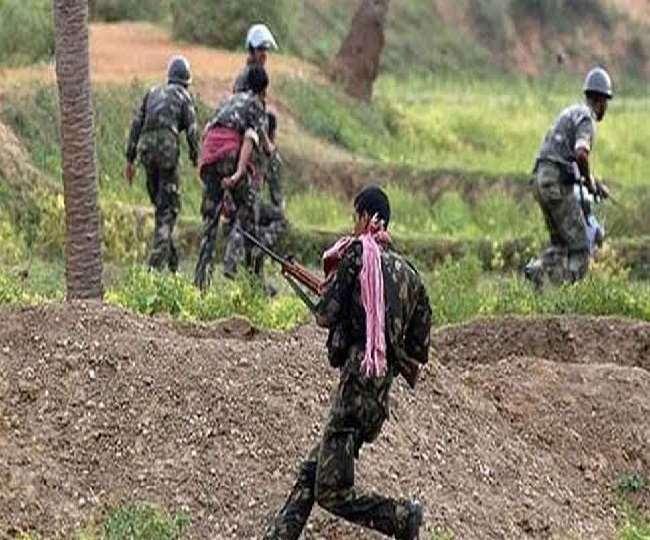 छत्तीसगढ़ में नक्सलियों के साथ मुठभेड़ में पांच सुरक्षाकर्मी शहीद, 10 घायल