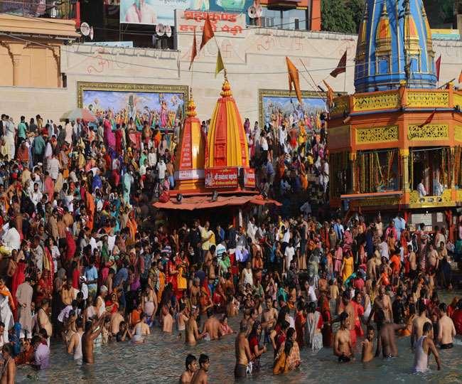 कुंभ के बीच धर्मनगरी हरिद्वार बनी कोरोना का हॉटस्पॉट, 14 दिन में 3885 मामले आए सामने