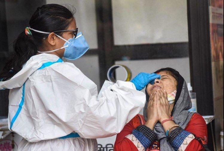 महाराष्ट्र : पिछले 24 घंटे में कोरोना ने अब तक सबसे ज्यादा 895 लोगों की ली जान, 66,358 नए मामले आए सामने
