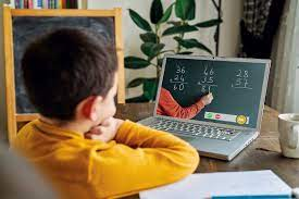 दिल्ली के सभी प्राइवेट स्कूलों में ऑनलाइन और सेमी-ऑनलाइन क्लासों पर रोक लगाई गई