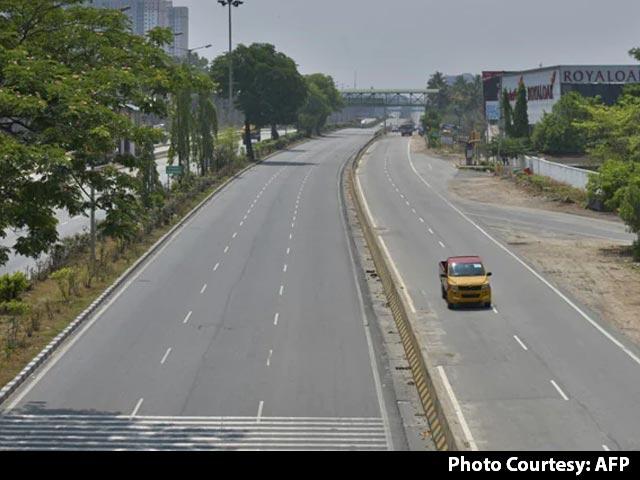 कोरोना के चलते तमिलनाडु में सोमवार से दो हफ्ते का कंप्लीट लॉकडाउन लगेगा