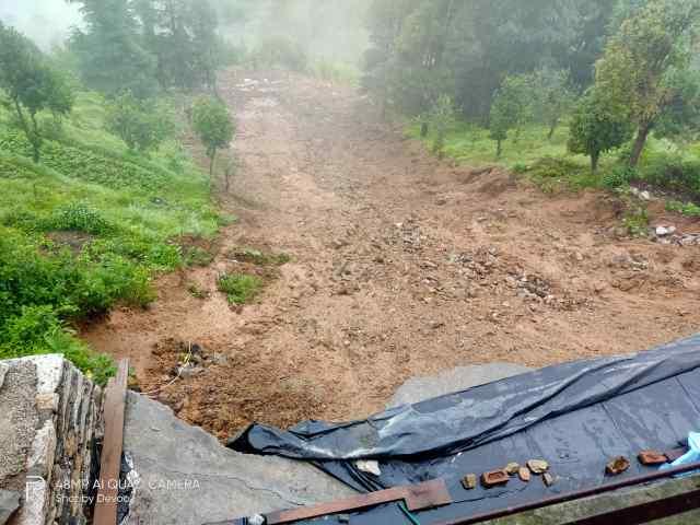 कुमाऊं में अधिक तो गढ़वाल में मानसून कम सक्रिय,लोहाघाट में भारी बारिश ने मचाई तबाही