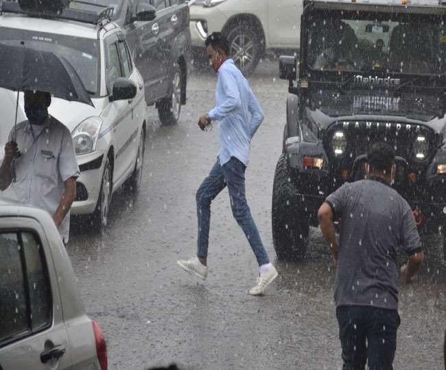उत्तराखंड में आफत की बारिश से कहर, गदेरे में बहा युवक, गंगोत्री-यमुनोत्री हाइवे बंद