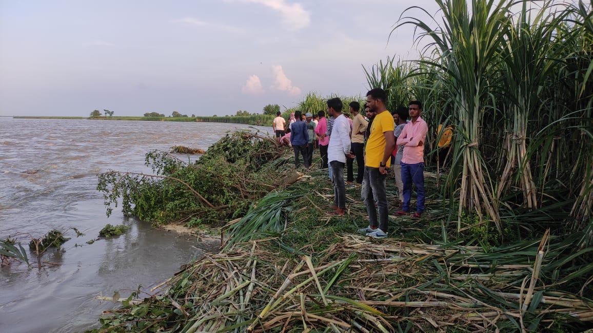 लखीमपुर में शारदा का कटान हुआ तेज,  कमिश्नर के दौरे के बाद राहत कार्य में तेजी
