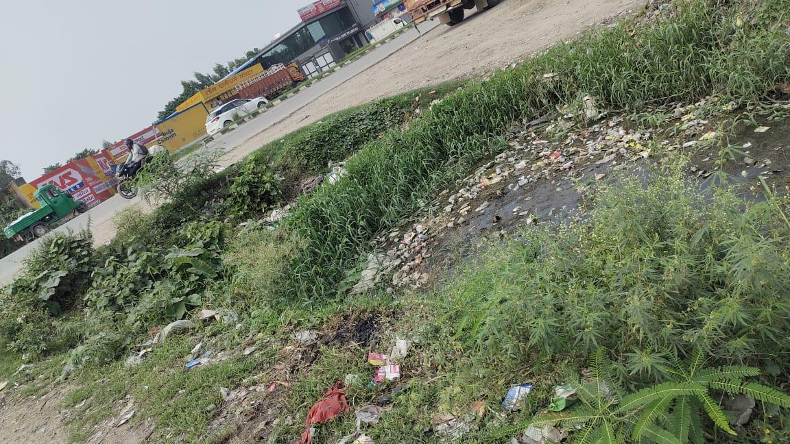 बगवाड़ा भट्टा क्षेत्र में नहीं हो रही सफाई, लोग हैं परेशान