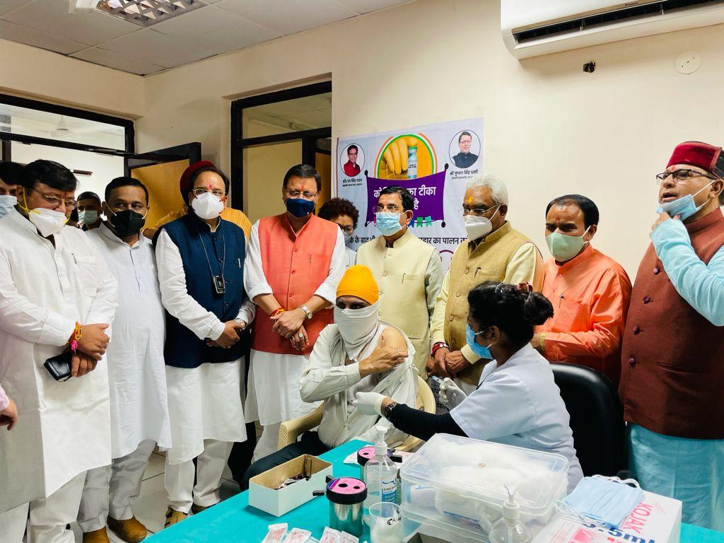 मोदी के जन्मदिन पर प्रदेश में लाखों लोगों का हुआ वैक्सीनेशन : चुघ