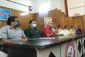 उत्तराखंड: बिजली कर्मियों की चेतावनी, सरकार ने समाधान नहीं निकाला तो कल से होगी हड़ताल